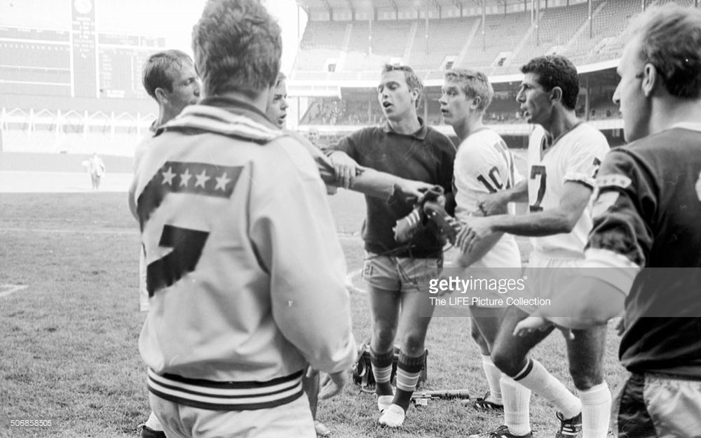 Spurs 67 Home Gerd Ziemann, Generals 68.jpg