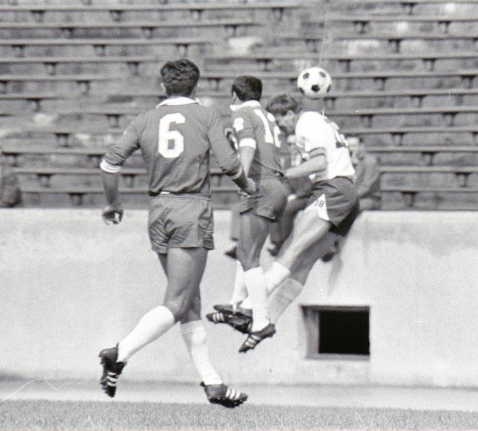 Spurs 67 Road Back Grbic, Banschewitz, Stars 4-16-1967 19.jpg