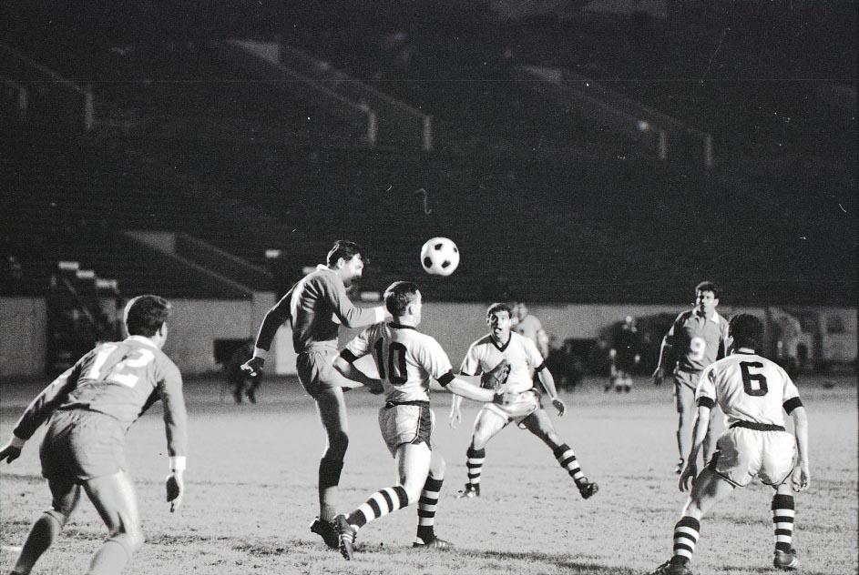 Spurs 67 Road Back Heinz Banschewitz, Spartans 5-2-1967.jpg