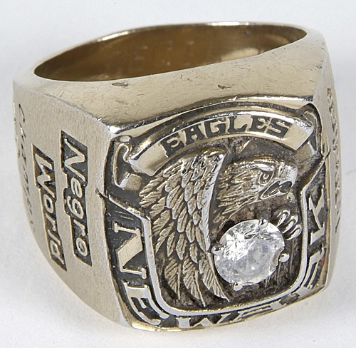 1946-newark-eagles-negro-league-world-championship-ring.jpg