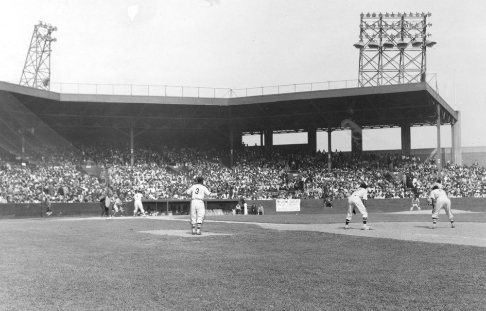 Negro Leagues Newark Eagles 1942 98.2008.9 NBL_hogan.jpg