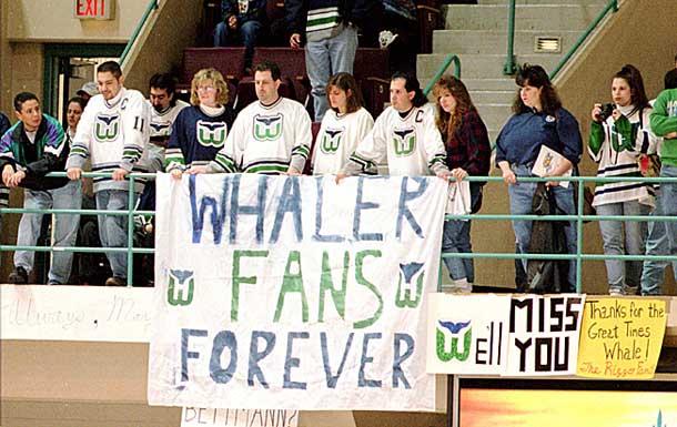 whalers-fans.jpg