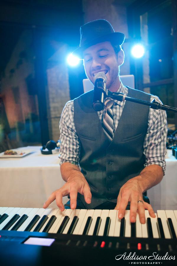 WeddingAshleeDrew_0671-web.jpg