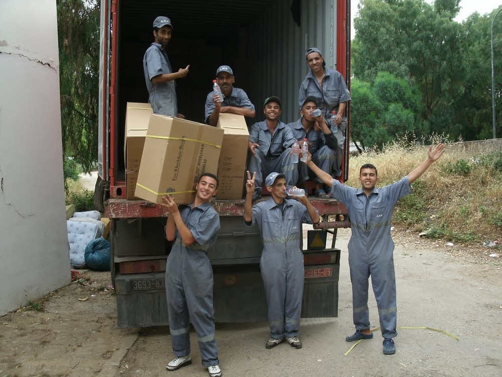 Moroccans Unloading.jpg
