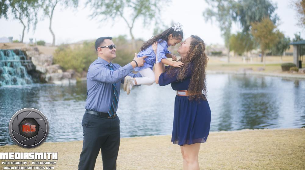 Family_Portrait_Goodyear_AZ_Moralopez