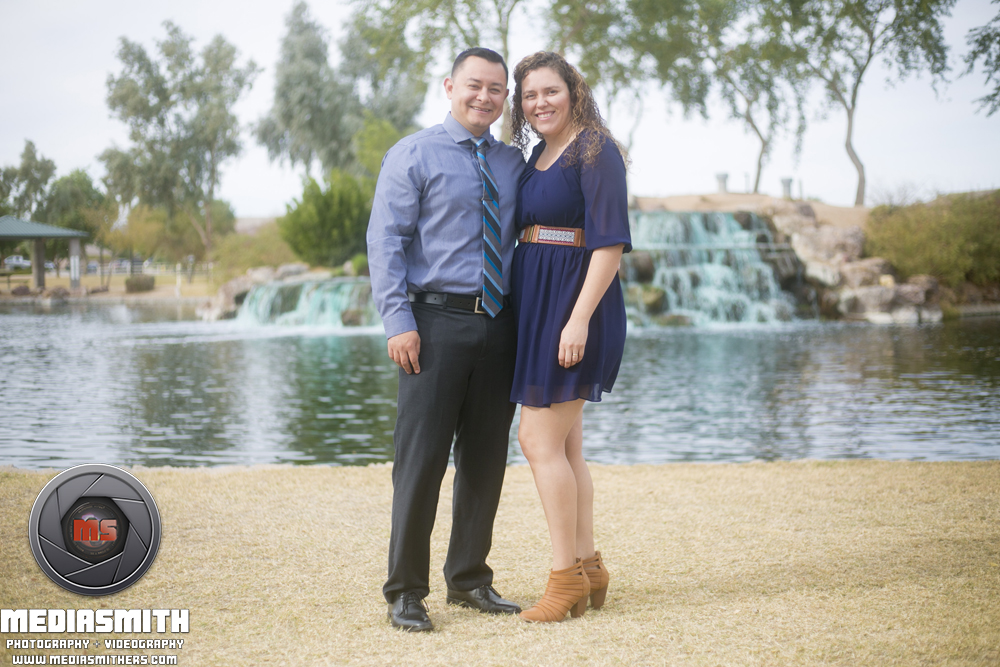 Family_Portrait_Goodyear_AZ_Moralopez_Wife_Husband