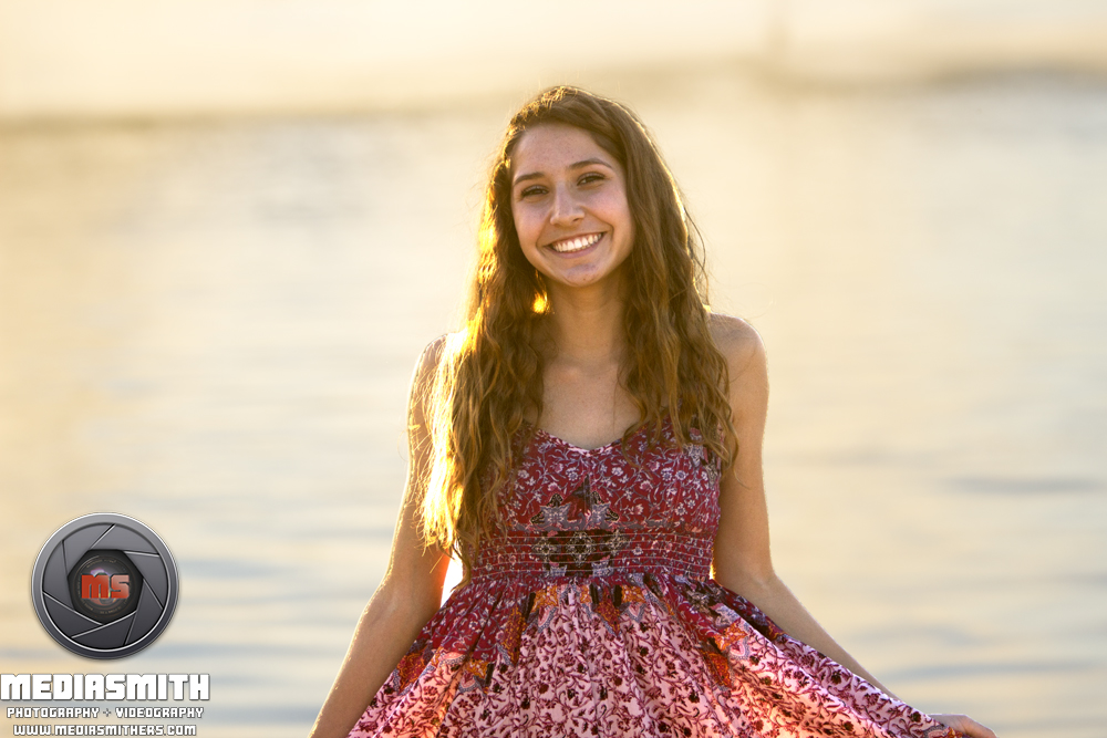 Starpointe_Residents_Club_Goodyear_AZ_Senior_Portraits_Graduation_Sunset_smiles_Girl
