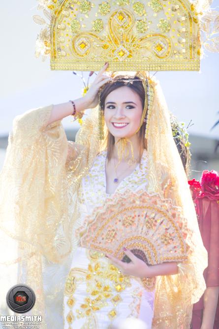 Street_Photography_Scottsdale_AZ_Model_Smiling