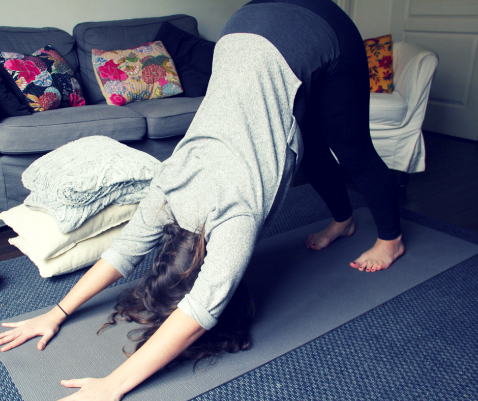 Yoga-Chien tête en bas- Cocooning.png