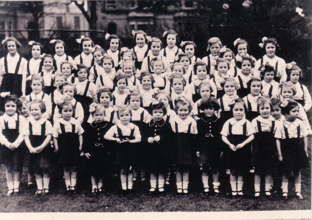 Cheltenham UK 1945.JPG