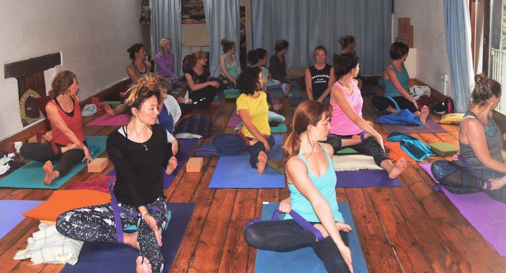 Yoga-people.jpg
