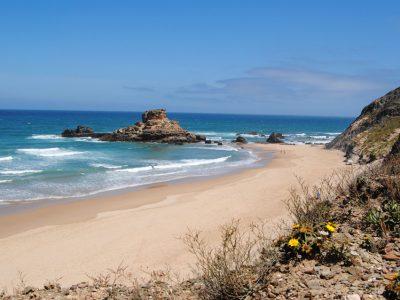 Praia-do-Castelejo-Algarve-400x300.jpg