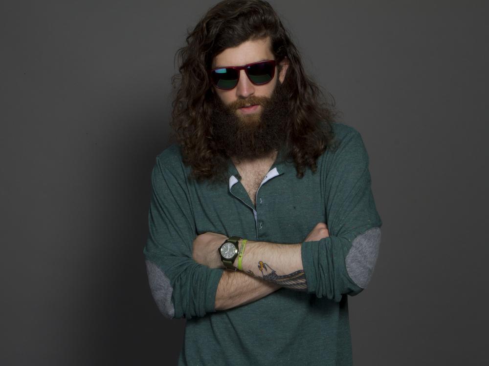 Grungy Gentleman 4.jpg