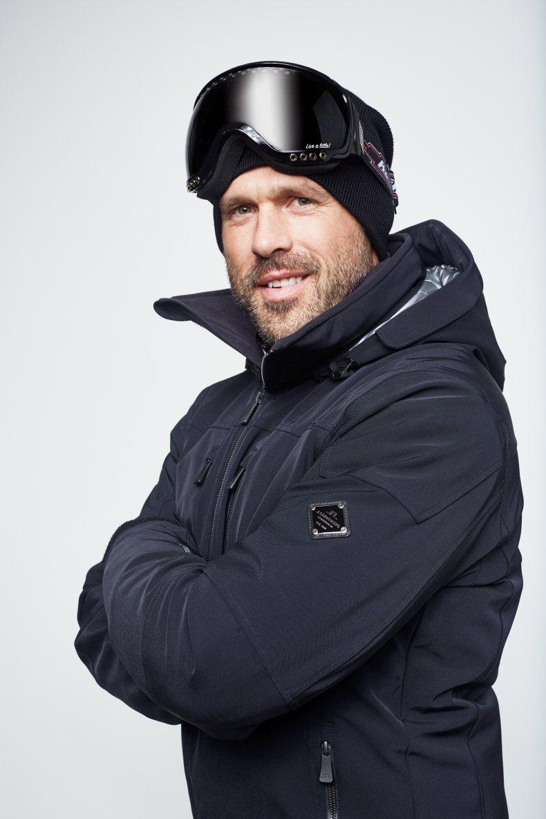 J.Lindeberg Skiing 8.jpg