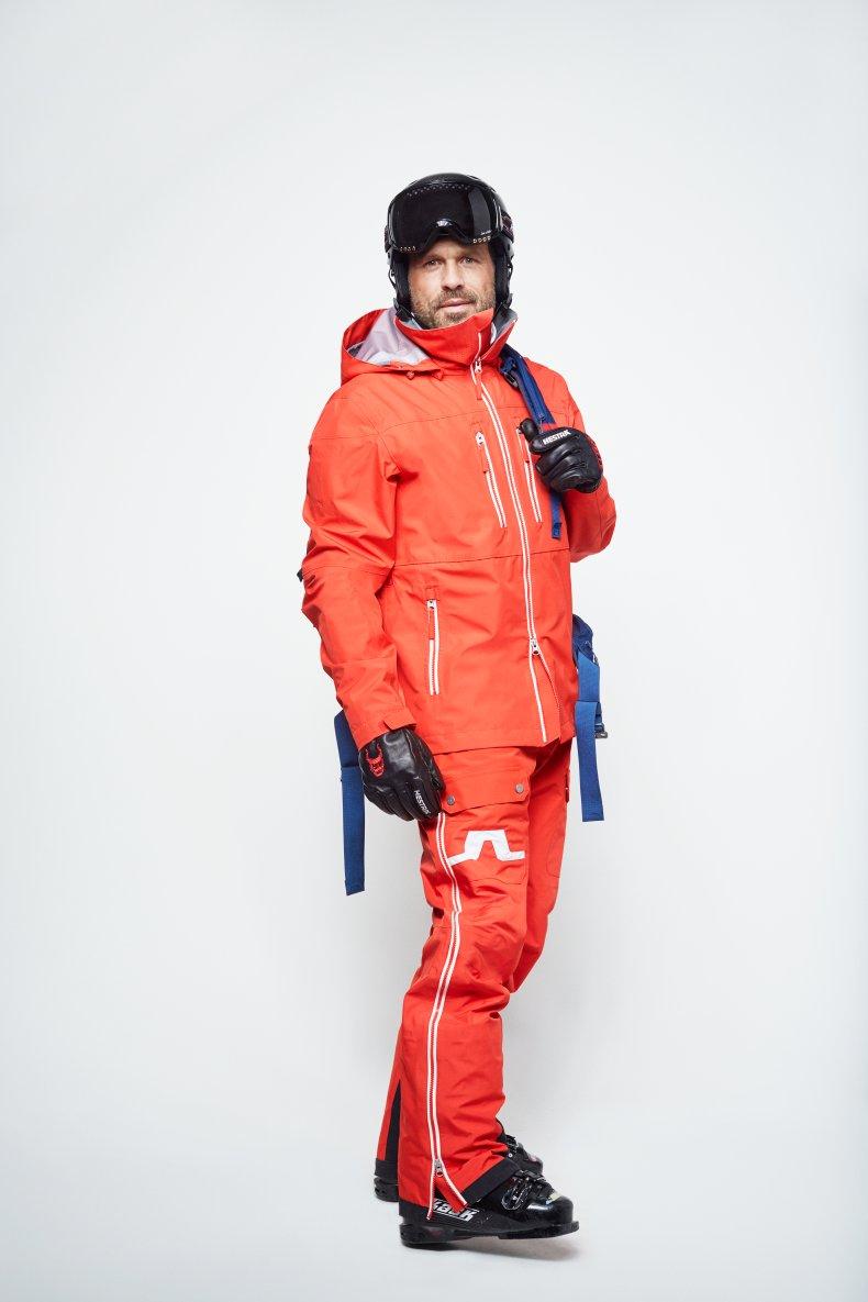 J.Lindeberg Skiing 10.jpg