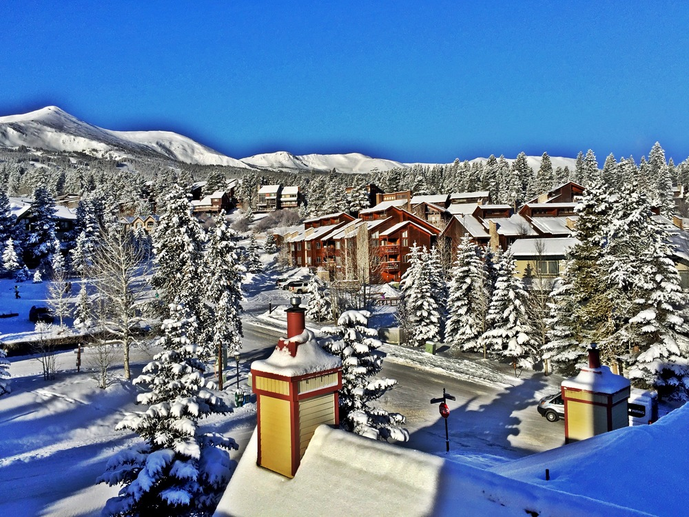 Grungy Slopes, Breckenridge Colorado, The Wedgewood Lodge 1.jpg