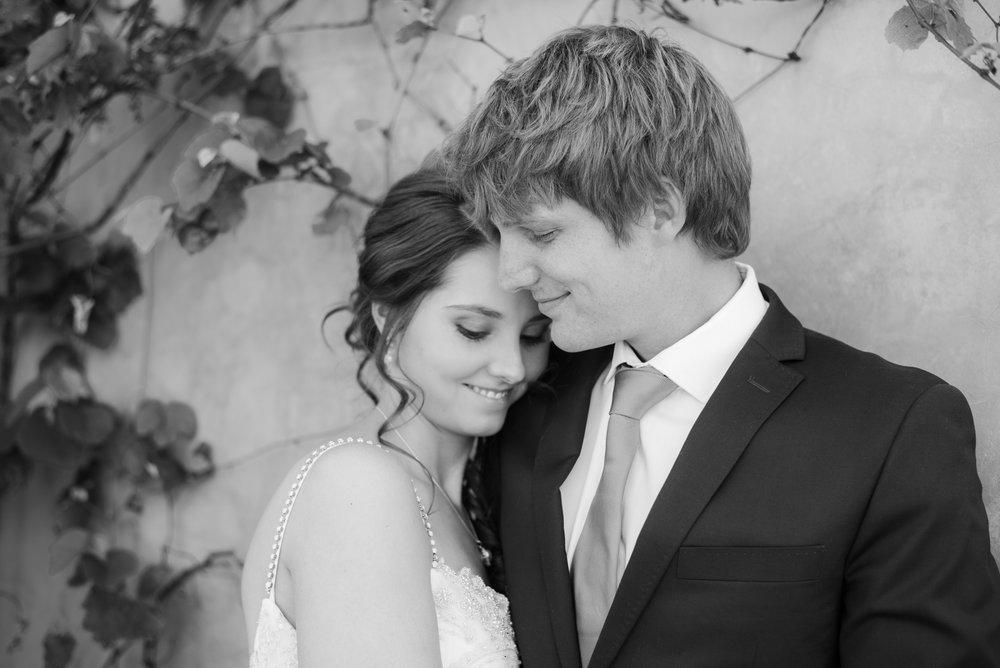 Bronwyn Alyson Weddings 15.jpg
