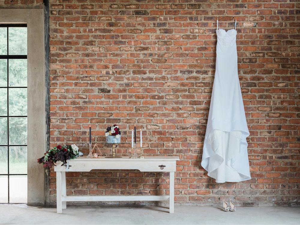 BronwynAlyson_Wedding_Styled shoot Industrial Modernism_02.jpg