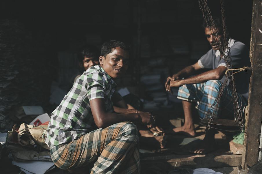 Dhaka-90_o.jpg