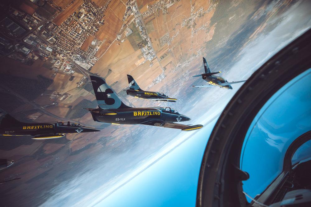 201810-Breitling-Jets-Finn_Beales-4.jpg