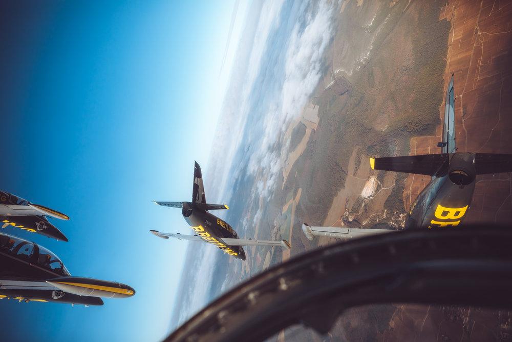 201810-Breitling-Jets-Finn_Beales-3.jpg