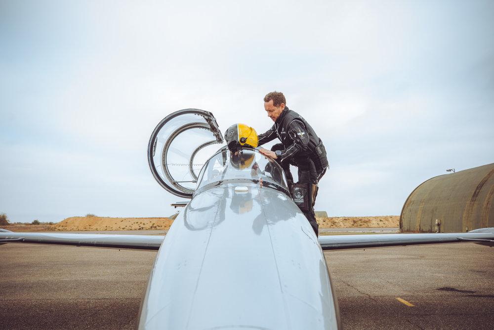 201810-Breitling-Jets-Finn_Beales-16.jpg