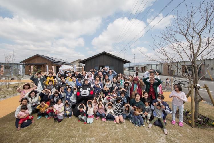 A Kumamoto Castle pose with Kumamoto mascot Kumamon!