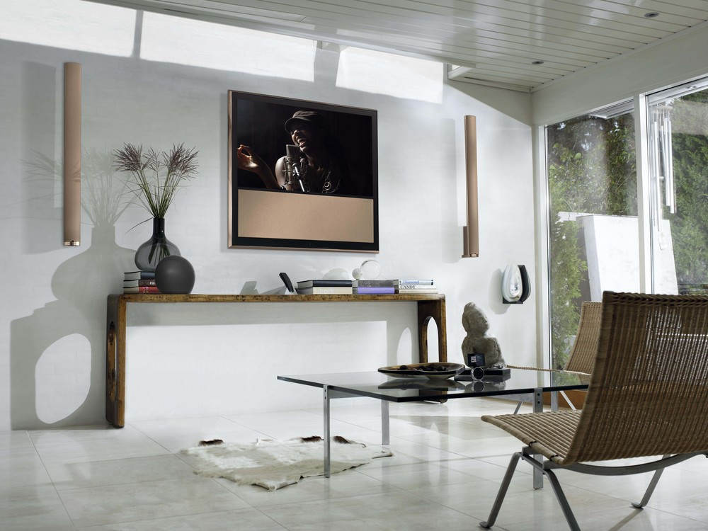 Beovision 10-46 / Bang & Olufsen / Photo: feelgrafix.com