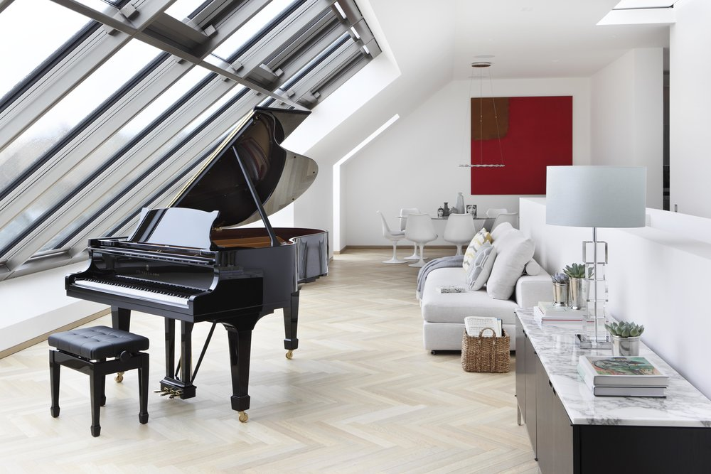 Steinway & Sons, 2016.