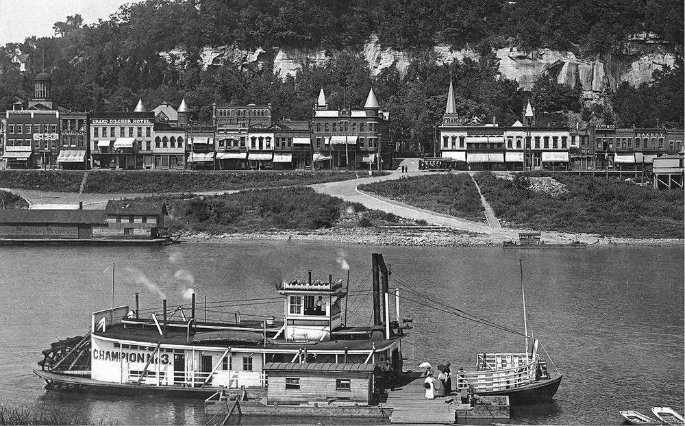 Ferry from Mason to Pomeroy circa 1912