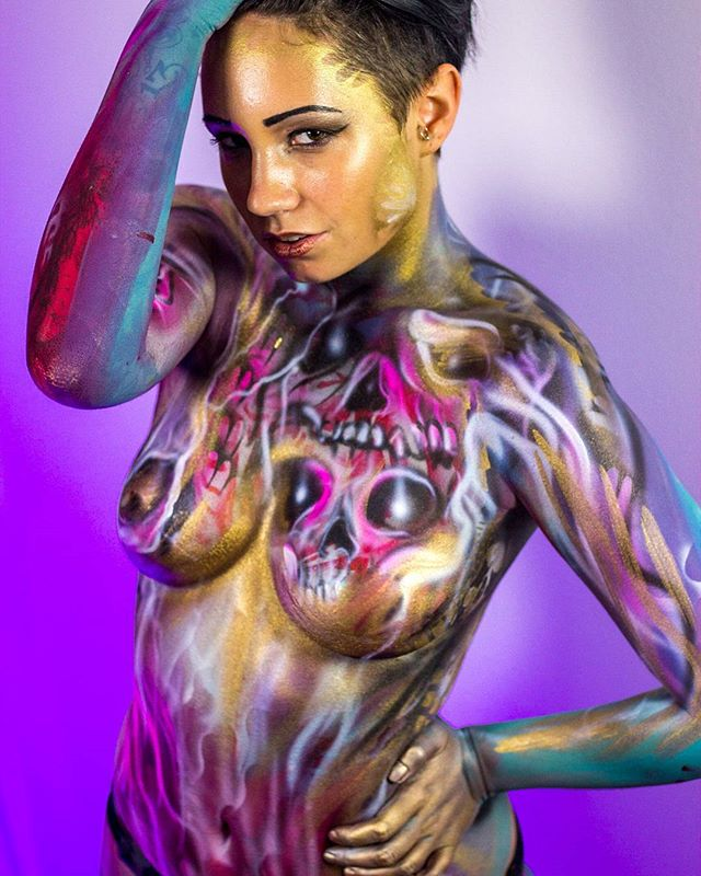 Tb Glam pop art body paint  #playboy #chicagomodel #chicagoartist #bodypaint @gypsybrittanya #diegobodyart #sexy #curvy #bodyart  #art #girl #artist #modelmayhem  #photoshoot #tattoo #facepaint #makeupartist  #cosplay #bare #mehron  #LAartist #makeup #skinwars #cosplay #cosplayer #vscocam #photoshoot #inkedgirl #igerschicago #chicagomodeling #airbrushmakeup