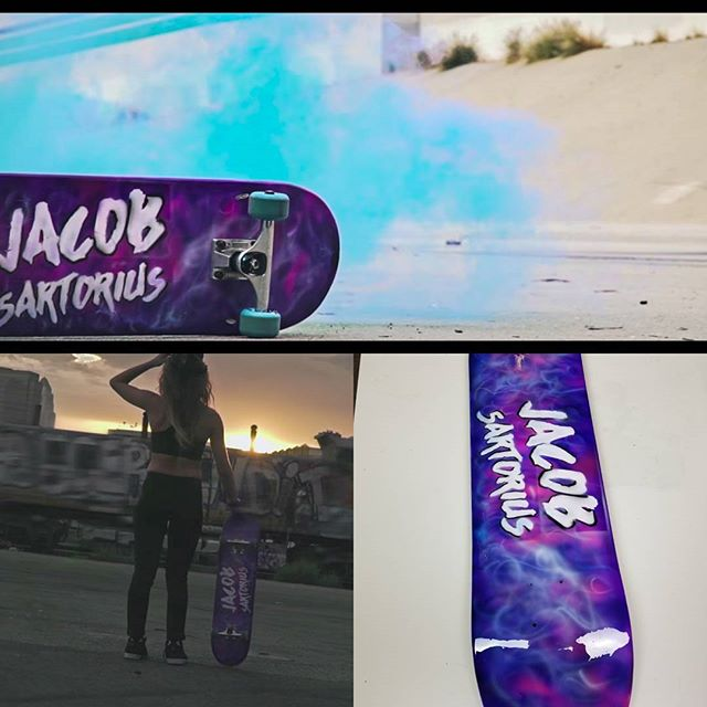 #Jacobsatorius Official Lyric Video.😊👆🎧🎥 Painted this skate deck for my friends in hollywood for the video. Checkout the vid on youtube or @jacobsartorius😄 #loveskateboarding #skatelife #skateboard #sk8 #skatepark #skate checkout the video on youtube #skateboarding #vans #chicagoiger #skatecrunch #skating #chicagomodel #skateboarder #metrogrammed #skateboardingisfun #skatermemes #airbrush #chicagofilm #vanswarpedtour #skateclipsdaily #customskateboard #simiandesign #airbrushart #vansoldskool #skateboards #skateeverydamnday #skateaholic #skateclips #thrashermagazine