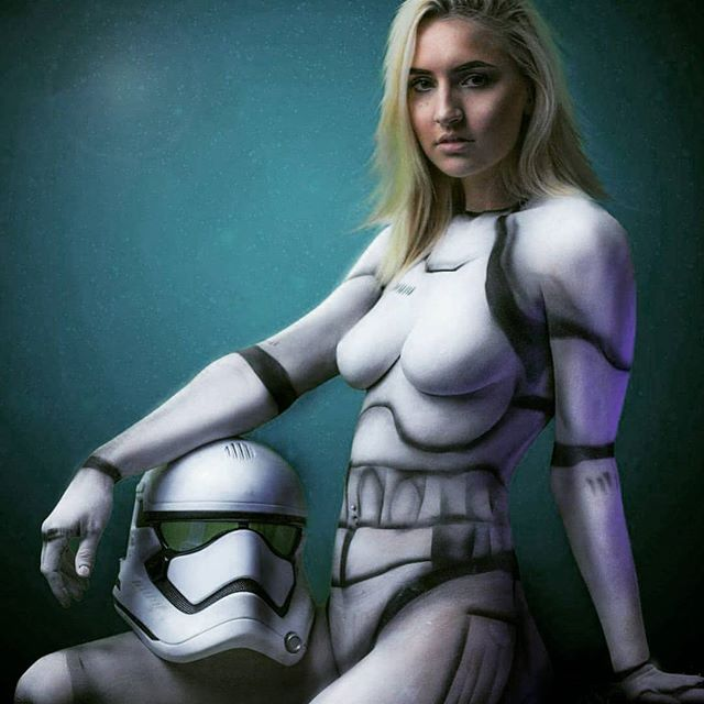 """""""This is not the droid you are looking for"""" 🌌🌠🌟 body paint model @meet.your.destiny  Photography and bodyart by me. Who is excited for the new star wars movie? #starwarstattoos #starwars #cosplay #starwarsartwork #bobafett #starwarslove #chicagoiger #starwarsink #stormtrooper #chicagomodel  #starwarsfan #darthvader #bodyart #starwarsnerd #starwarsgeek #tattoo #starwarsart #starwarsfans #starwarsdaily #tattoos #thelastjedi #lando #rebels #c3p0 #vader #cosplaygirl"""