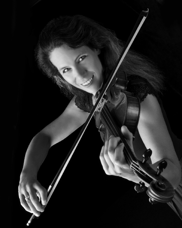 Karen Bentley Pollick (Violin)