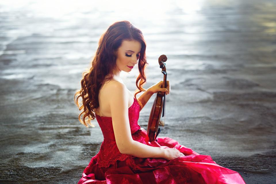 Chloe Trevor - Violin