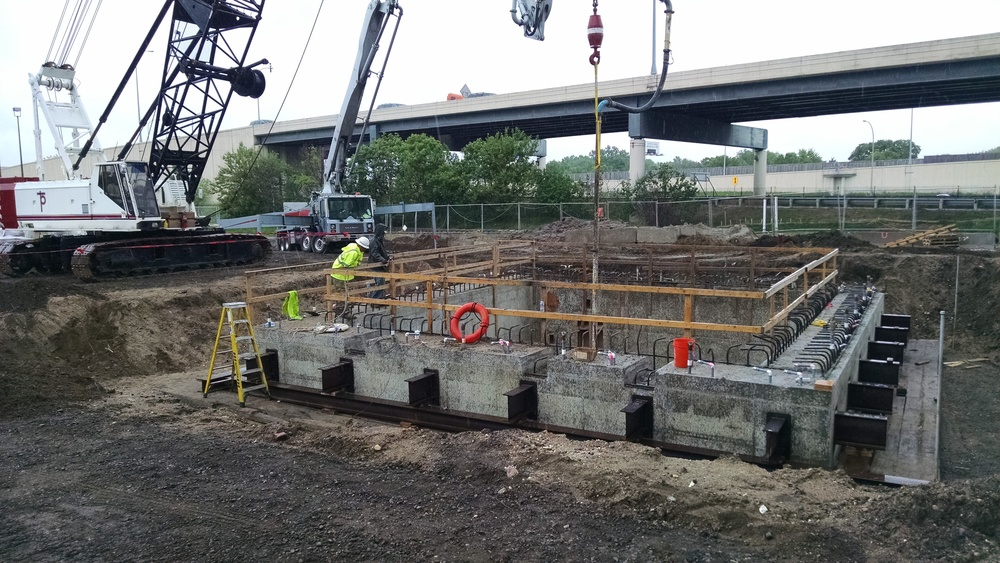 MCES Lift STation Installation of the Tremmie Slab.jpg