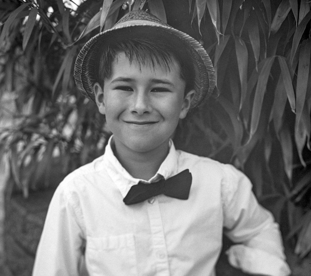 Georg Schmidt Fotograf aus Aschaffenburg Portrait Kinder Film blackandwhite Rolleiflex SL66 Film Kunstvolle Fotografie-mittelformat2.jpg