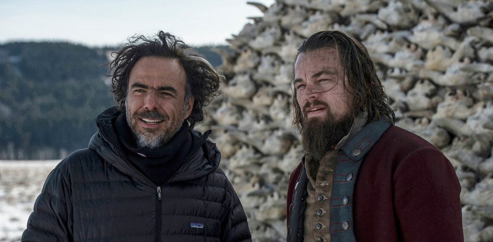 Director Alejandro G. Iñárritu and Leonardo DiCaprio on the set of The Revenant - image via Google.