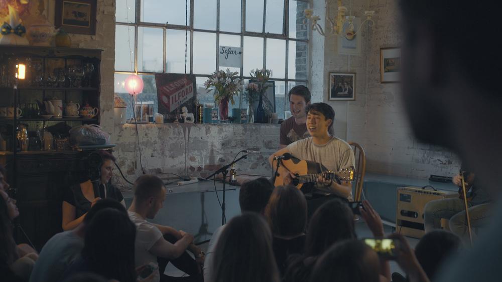 Cameron Douglas, performing at a Sofar London event. Image via Google.