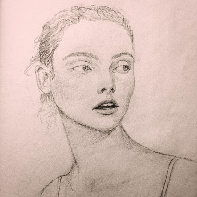 First pencil drawing in a very long time! Face belongs to @georgiehobday  #pencildrawing #glossier #portrait #sketch #whyusopretty #sketchbook #wip