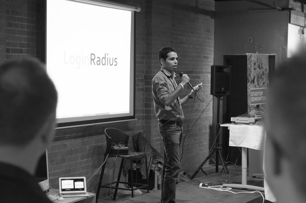 Rakesh Soni pitches to the crowd at Launch Party 3. Interested in participating in Launch Party 9? Applications are now open!