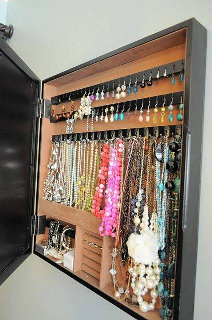 closet8.jpg