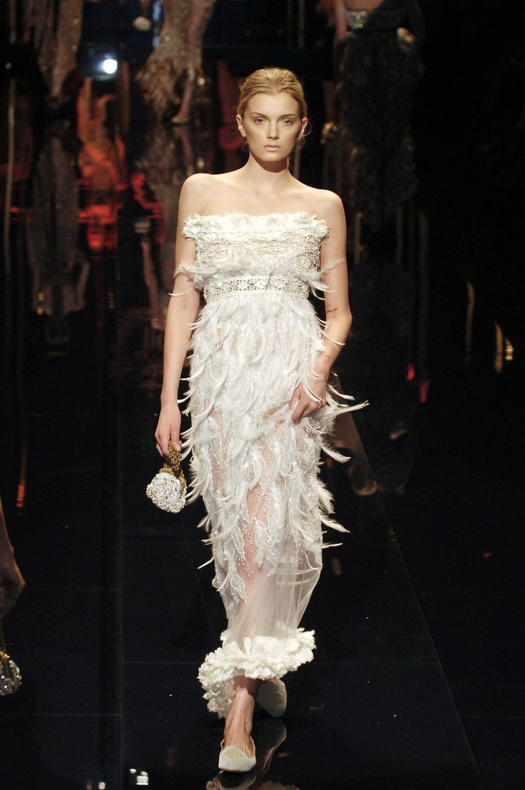 2c17322348c555125cb6616d236d742a--dolce-gabanna-high-fashion.jpg