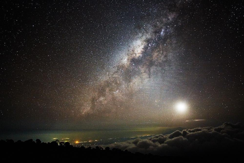 milkyway_kilimanjaro_stars_tanzania.jpg