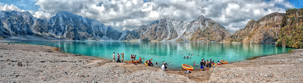 The aftermath of the Mount Pinatubo eruption – a beautiful crater lake. jmabraham/Flickr (CC BY-NC 2.0)