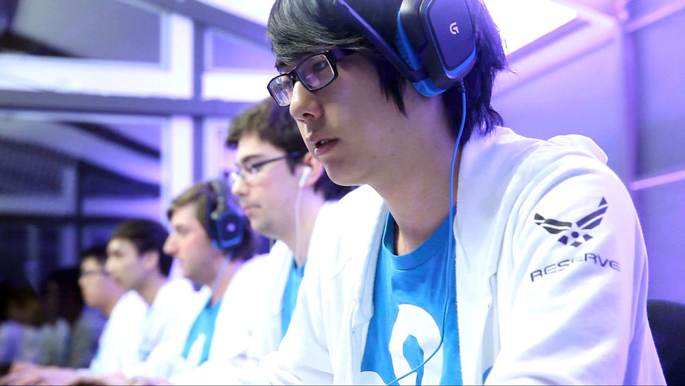 Kurtis Ling, here with the team Cloud 9, went on to join the Evil Geniuses and came first at The International 2015. Dota 2 The International/Wikimedia Commons (CC BY 2.0)