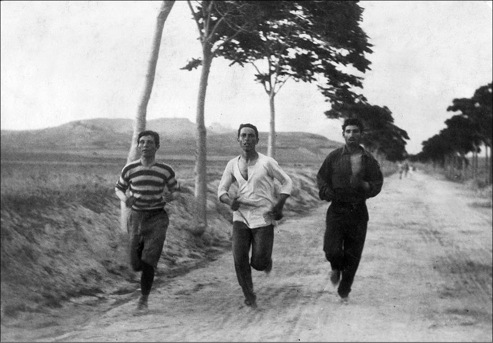 Three athletes training for the 1896 Olympic Games marathon. Burton Holmes/Wikimedia Commons (public domain)