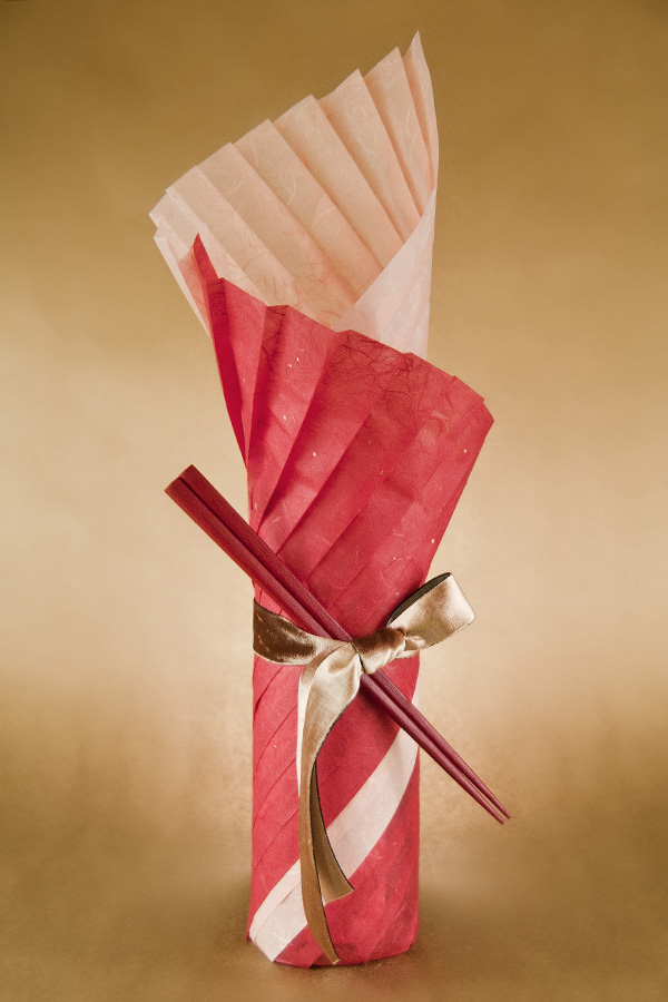 Sample gift wrapping with Thai Unryu paper