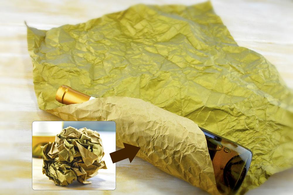 Step1: Lay a sheet of kraftpaper in a diamond shape