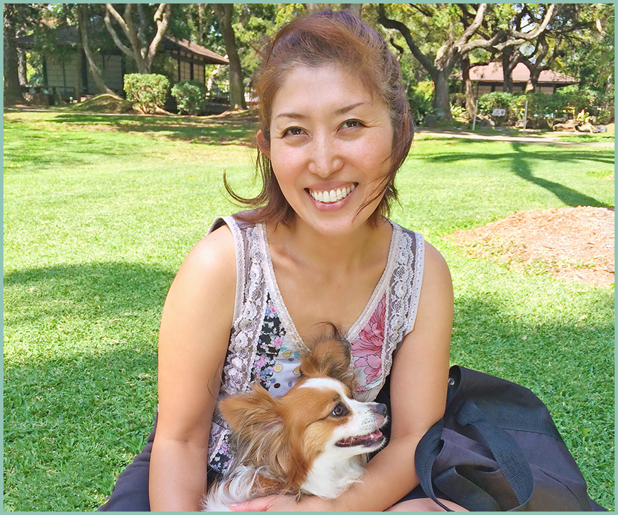 Hello, I'm Shiho.  For years, I provided gift wrapping services to individuals and corporates until I found my passion for teaching others the art of gift wrapping.  Now I upload free craft videos to share my ideas with YouTube audience, teach gift wrapping courses online and occasionally conduct workshops to directly work with students.  I love dogs, coffee and beaches. In my free time, I enjoy hiking with friends and family and playing with my dog.